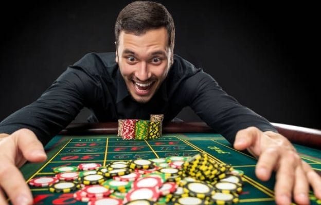 manage a casino bankroll expenses